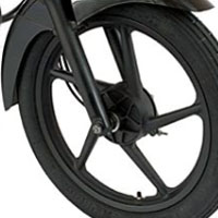 Bajaj Platina 125 Wheels And Tyre View