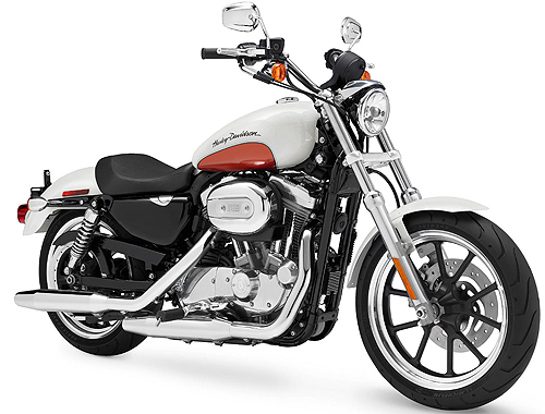 Harley Davidson SuperLow XL883L Front View