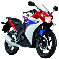 Honda CBR 150R Front View