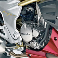 Mahindra MOJO engine view Picture