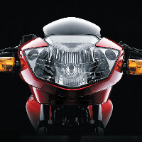 TVS Apache RTR160 Kick Start Head Light View