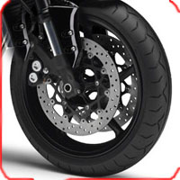 Yamaha FZ 1 wheels and tyre view Picture