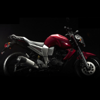 Yamaha FZ16 Right View